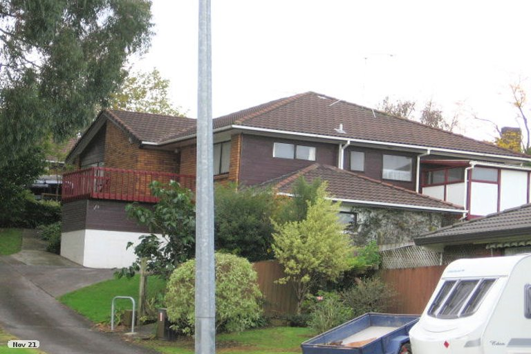 Property photo for 1/31 Voltaire Court, Botany Downs, Auckland, 2010