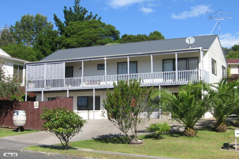 Property photo for 59 Oaktree Avenue, Browns Bay, Auckland, 0630