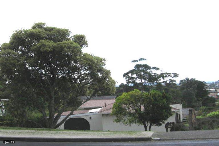 Property photo for 2/21 Mizpah Road, Waiake, Auckland, 0630
