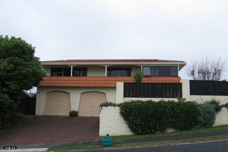 Property photo for 30 Russleigh Drive, Dinsdale, Hamilton, 3204
