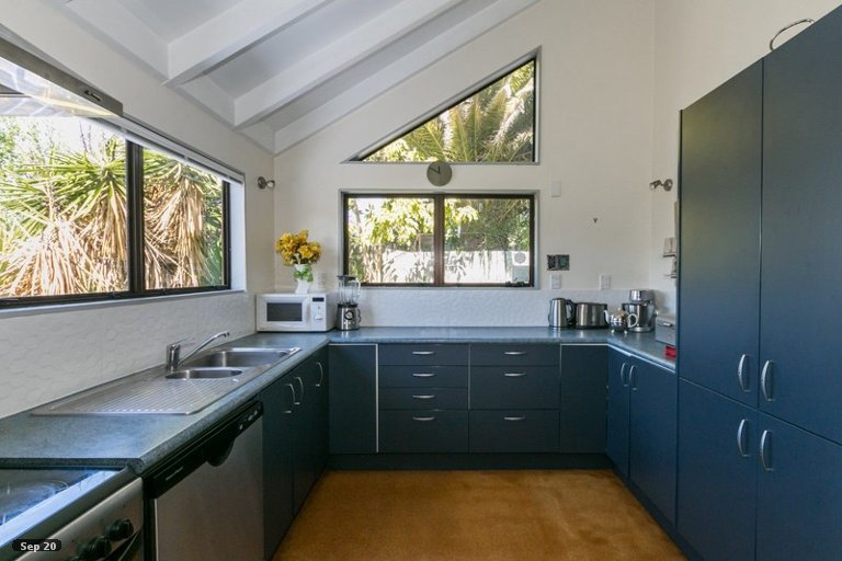 Photo of property in 11A Guys Hill Road, Hospital Hill, Napier, 4110