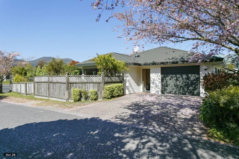 Photo of property in 61 Kiddle Drive, Hilltop, Taupo, 3330