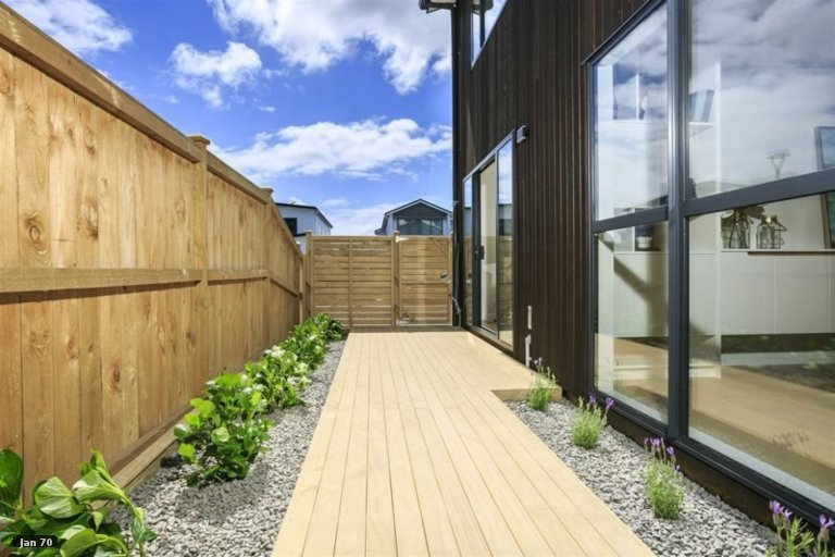 Property photo for 8 Turutu Place, Long Bay, Auckland, 0630