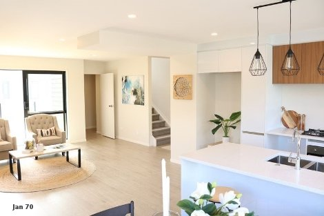 Photo of property in 2/5 Perekia Street Albany Auckland - North Shore