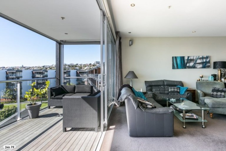 Photo of property in 501B/14 West Quay, Ahuriri, Napier, 4110