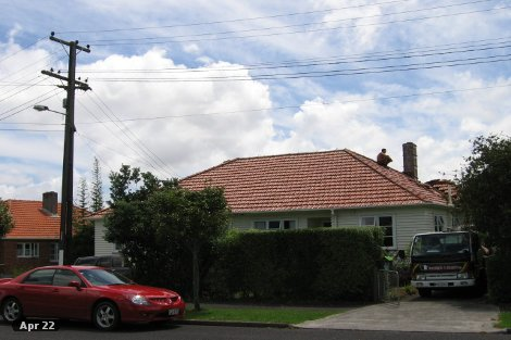 Photo of property in 9 Saxon Street Waterview Auckland - City