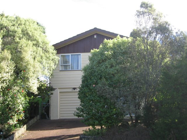 Property Details For 9 Albemarle Place Massey Auckland 0614