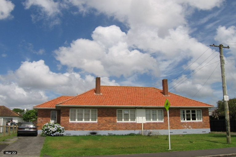 Photo of property in 4 Saxon Street, Waterview, Auckland, 1026