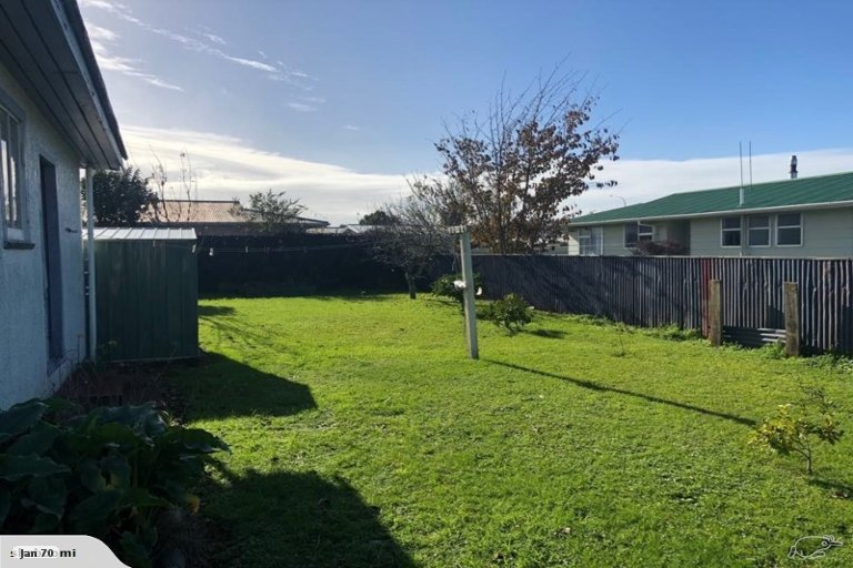 Photo of property in 35 Robinson Street, Foxton, 4814