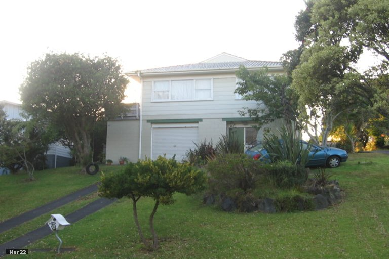 Property photo for 8 Hamilton Place, Glenfield, Auckland, 0629