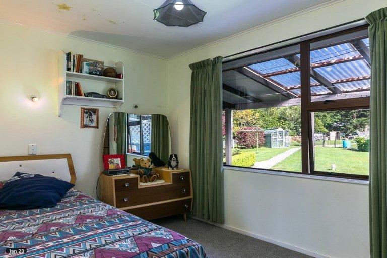 Photo of property in 5804 Kenepuru Road, Waitaria Bay, Picton, 7282