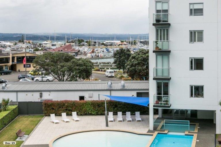 Photo of property in 404C/14 West Quay, Ahuriri, Napier, 4110