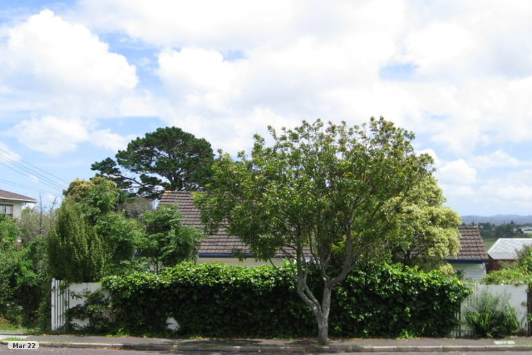 Photo of property in 3/38 Saxon Street, Waterview, Auckland, 1026