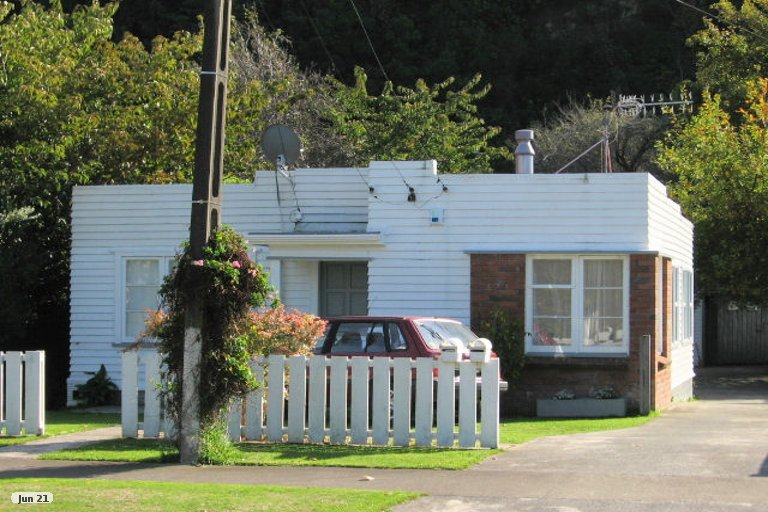 Photo of property in 11 Owen Street, Belmont, Lower Hutt, 5010