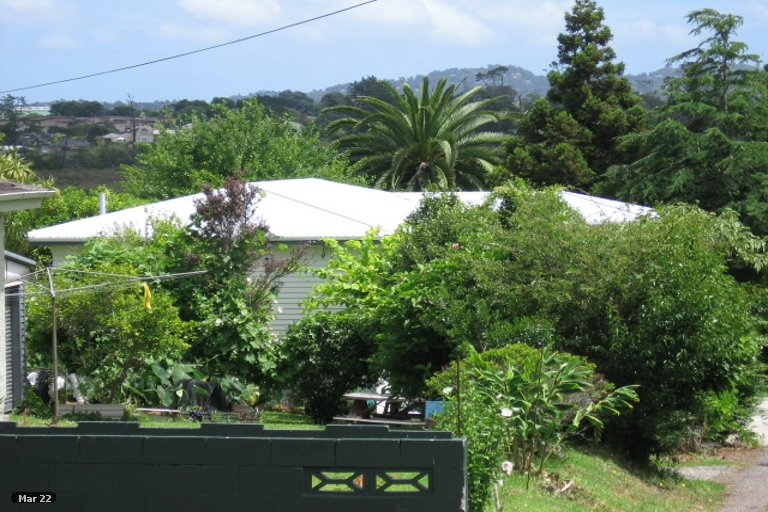 Photo of property in 32A Saxon Street, Waterview, Auckland, 1026