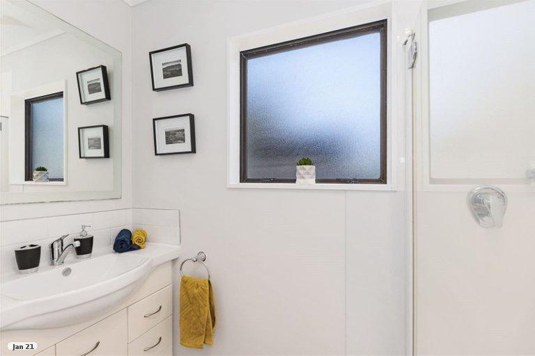Photo of property in 5 Sombrero View, Ascot Park, Porirua, 5024