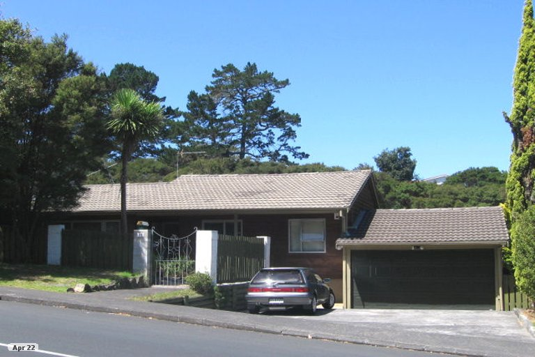 Property photo for 62 Easton Park Parade, Glenfield, Auckland, 0629