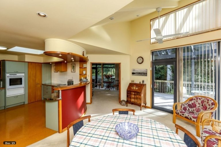 Photo of property in 25 Frank Wilson Terrace, Welbourn, New Plymouth, 4312