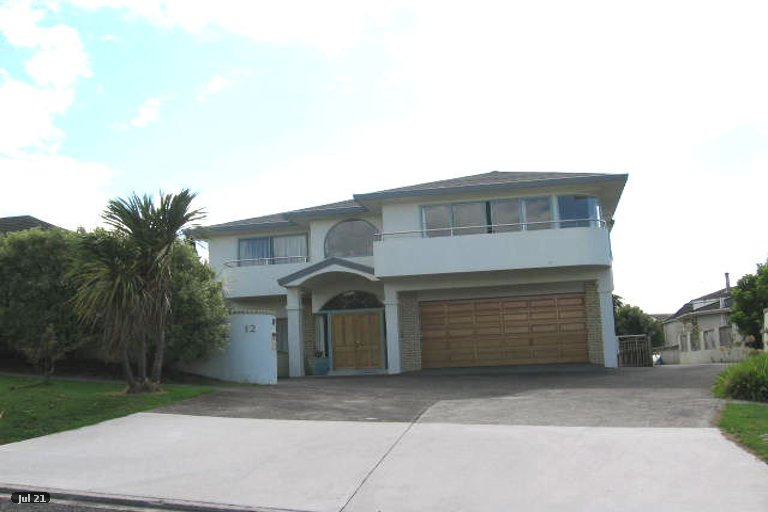 Photo of property in 1/12 Clifton Road, Waiake, Auckland, 0630