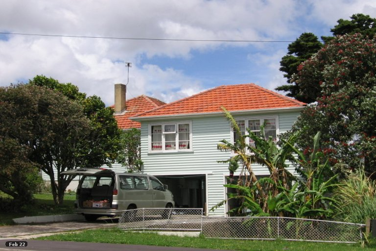 Photo of property in 18 Saxon Street, Waterview, Auckland, 1026