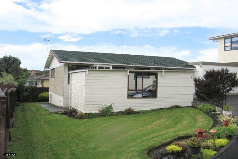 Property photo for 2/21 Cromdale Avenue, Highland Park, Auckland, 2010