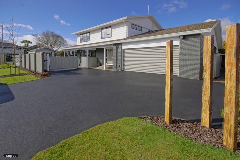 Property photo for 1 Gammack Drive, Halswell, Christchurch, 8025