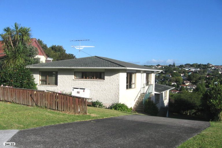 Property photo for 1/32 Shanaway Rise, Hillcrest, Auckland, 0627
