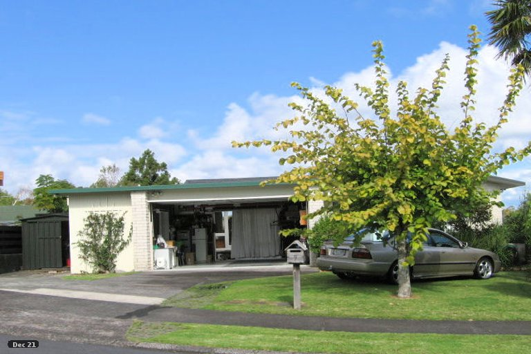 Property photo for 9 Tyrian Close, Half Moon Bay, Auckland, 2012