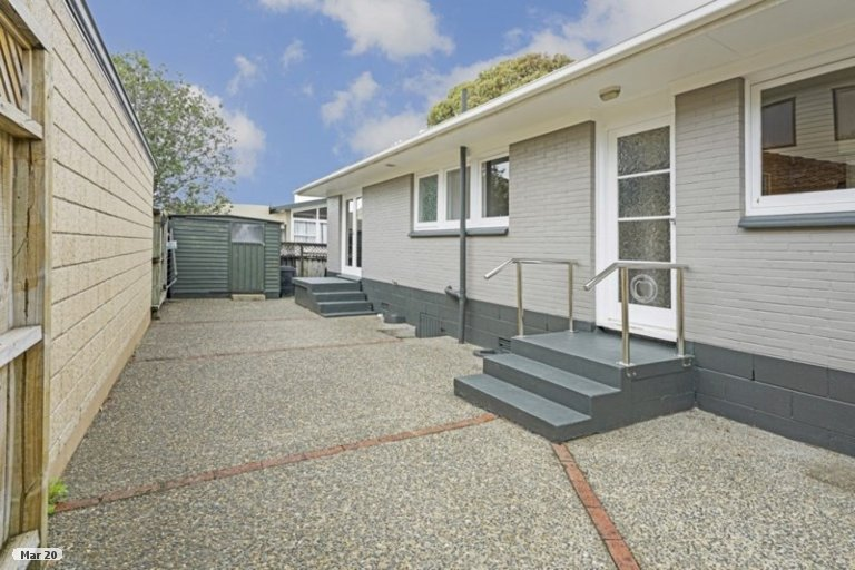 Property photo for 18 La Perouse Street, Botany Downs, Auckland, 2010