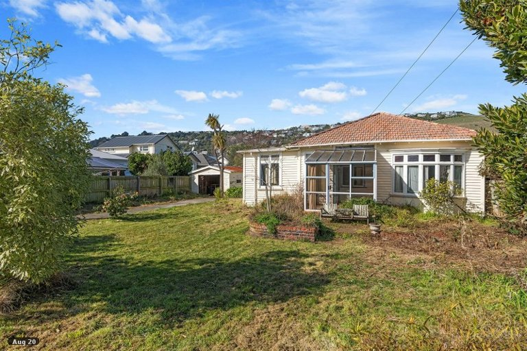 Property photo for 11 Hardwicke Street, Sumner, Christchurch, 8081
