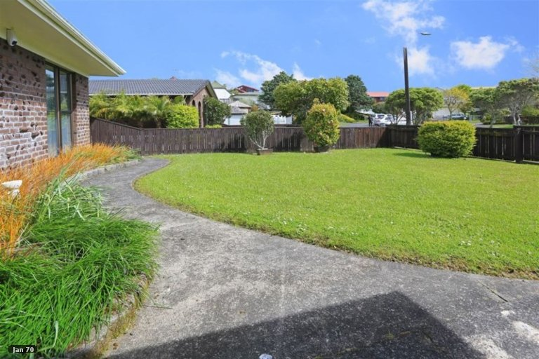 Property photo for 10 Muscat Place, Henderson, Auckland, 0612