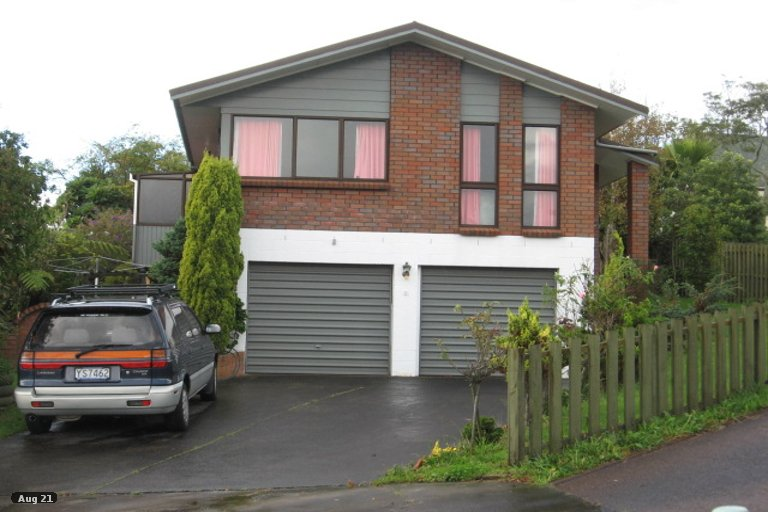 Property photo for 37 Cromdale Avenue, Highland Park, Auckland, 2010
