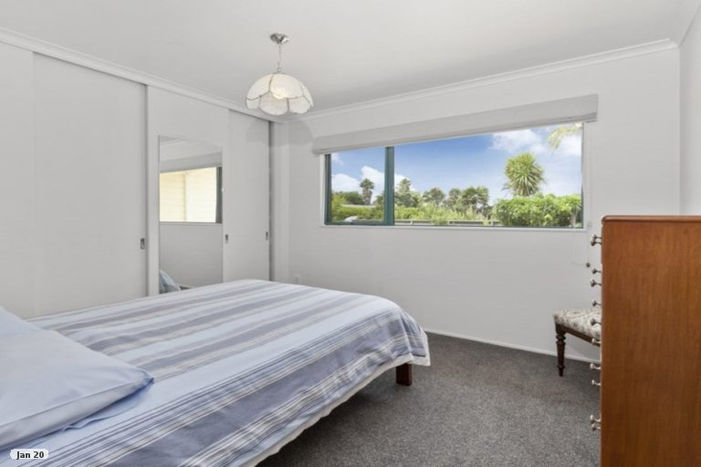 Photo of property in 143 Point Wells Road, Point Wells, 0986