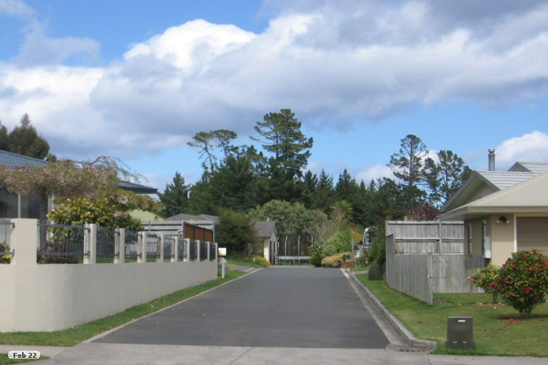 Photo of property in 50 Balmoral Drive, Hilltop, Taupo, 3330