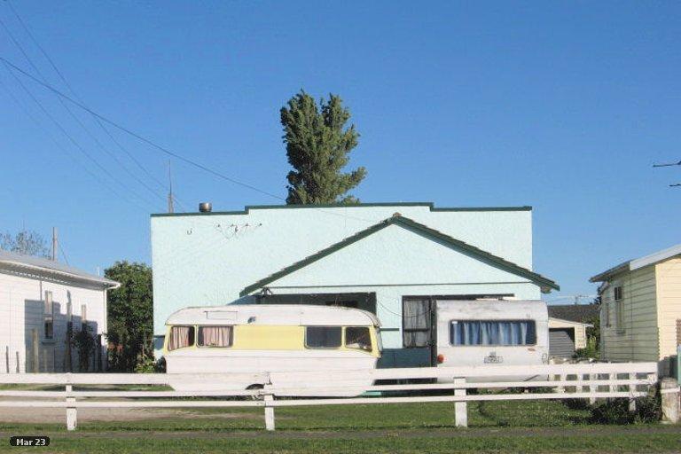 Photo of property in 41 De Lautour Road, Inner Kaiti, Gisborne, 4010