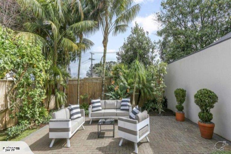 Photo of property in 7 Canterbury Park Lane, Ellerslie, Auckland, 1051