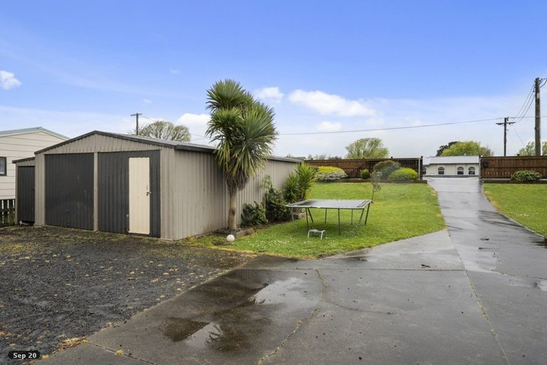 Photo of property in 36 Avenue Road, Foxton, 4814