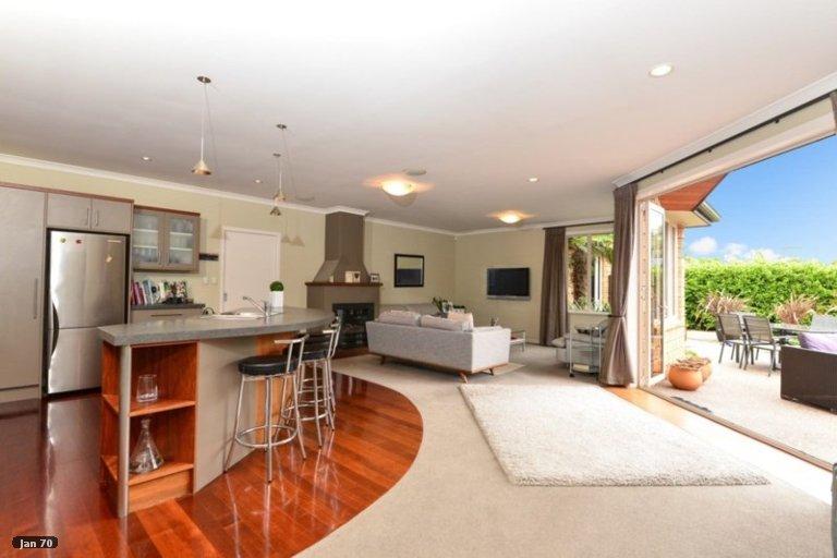Photo of property in 21 Barrington Drive, Huntington, Hamilton, 3210