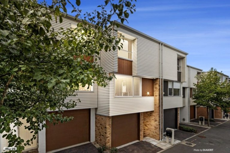 Photo of property in Altar Apartments, 62/120 Rintoul Street, Newtown, Wellington, 6021