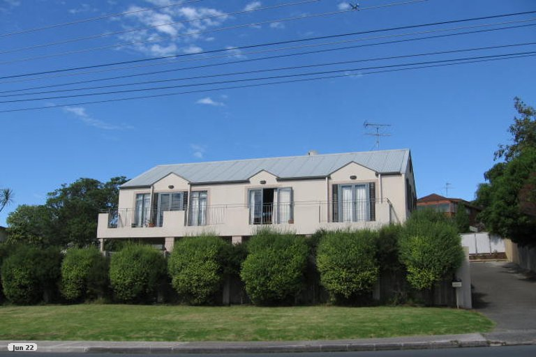 Property photo for 1/865 Beach Road, Waiake, Auckland, 0630