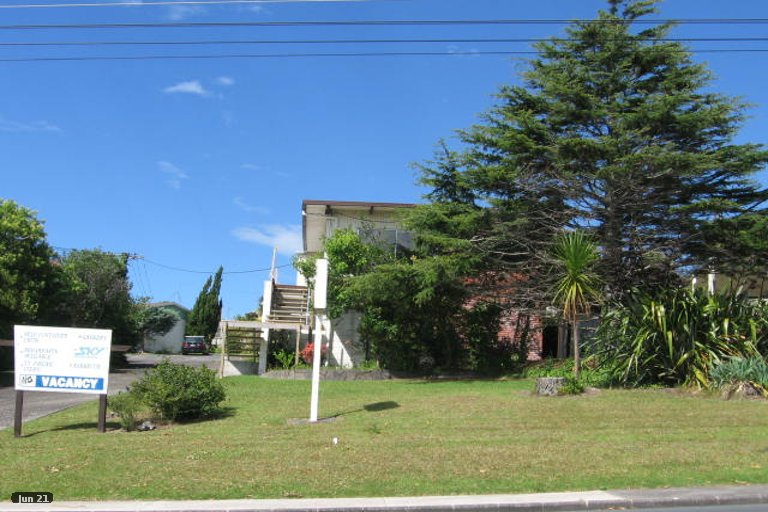 Property photo for 2/867 Beach Road, Waiake, Auckland, 0630