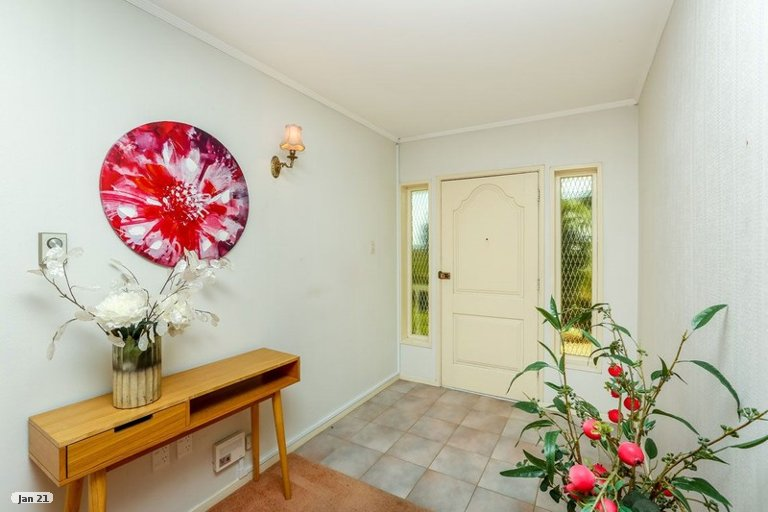 Photo of property in 43 Frank Wilson Terrace, Welbourn, New Plymouth, 4312