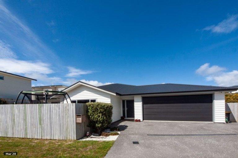 Property photo for 15 Belize Grove, Grenada Village, Wellington, 6037
