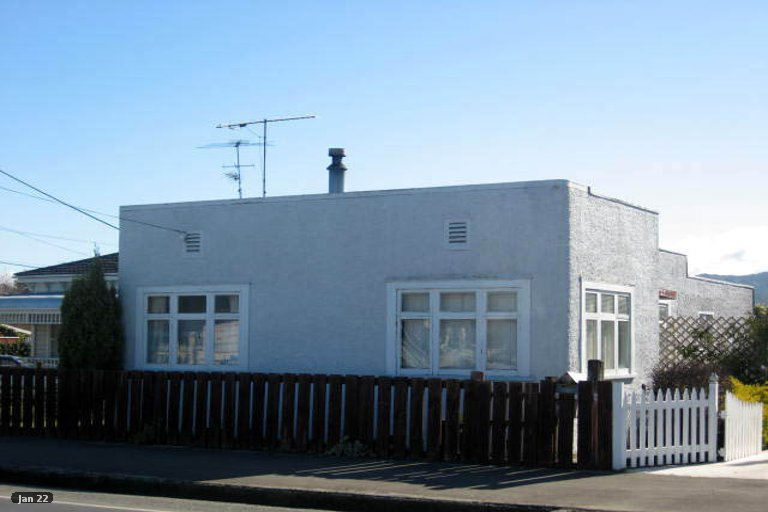 Photo of property in 232 High Street South, Carterton, 5713