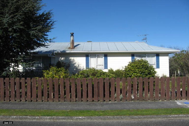 Property photo for 2 Chisholm Place, Carterton, 5713