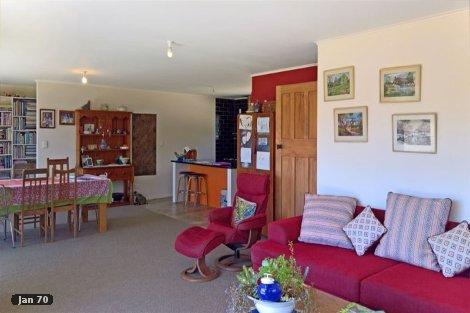 Photo of property in 18 Onekaka Iron Works Road Onekaka Tasman District