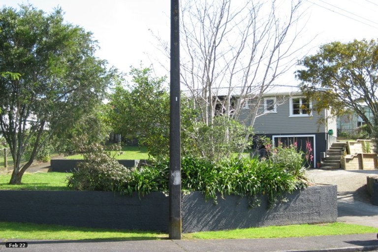 Photo of property in 3 London Terrace, Welbourn, New Plymouth, 4312