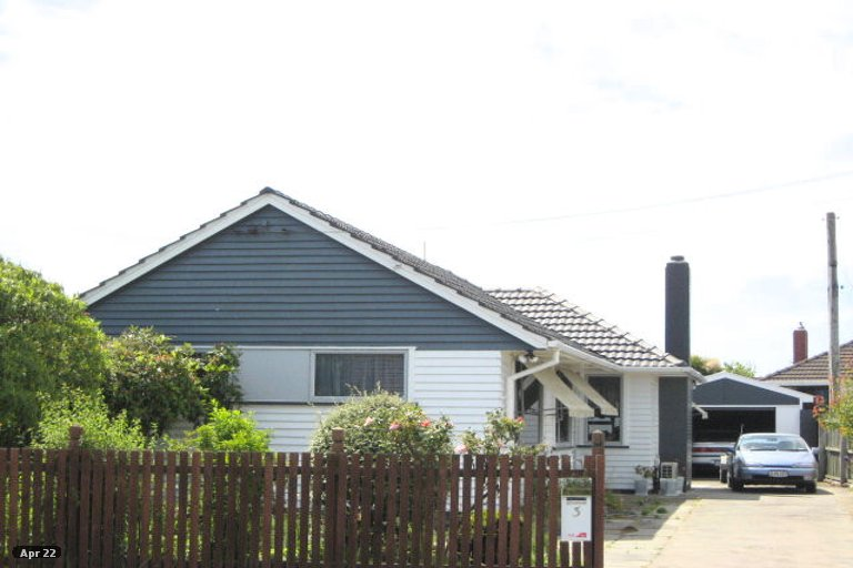 Property photo for 3 Ontario Place, Wainoni, Christchurch, 8061
