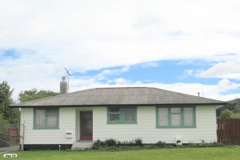 Photo of property in 24 Cavendish Crescent, Outer Kaiti, Gisborne, 4010