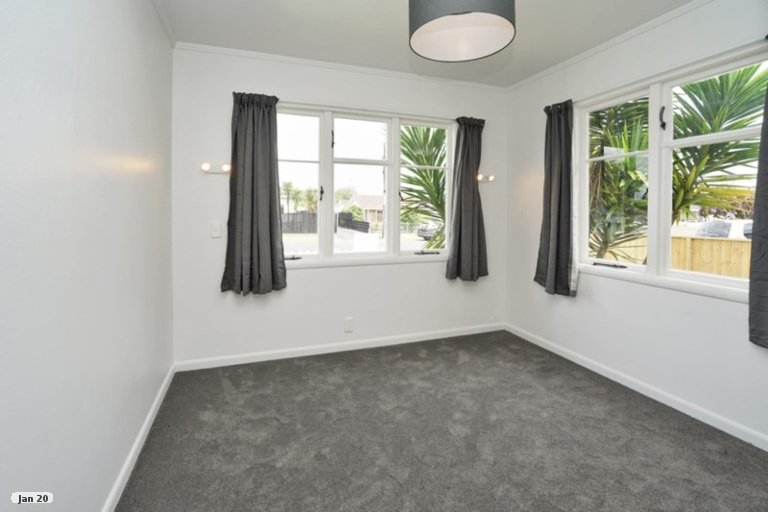 Photo of property in 12 Winter Street, Fairfield, Hamilton, 3214